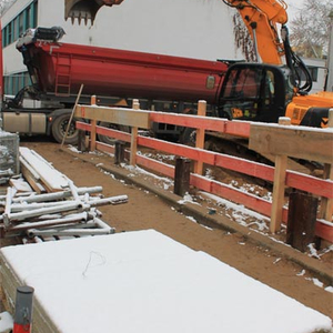 In the from 2nd to 3rd December it started to snow: nevertheless the construction works continued. While some parts of the excavation haven't reached yet the final depth…